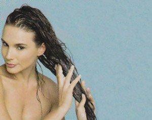 Como fazer uma hidratação potente e duradoura em seus cabelos