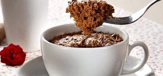 Receita de bolo de chocolate na xícara