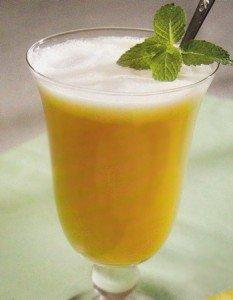 Receita de refresco de abacaxi com camomila