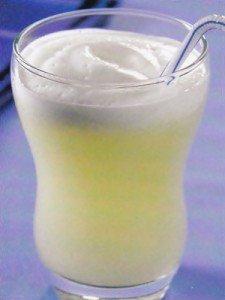 Receita de refresco de abacaxi e água de coco
