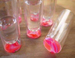 Como personalizar copos de vidro com esmalte