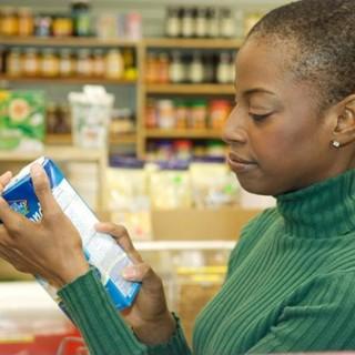 Conheça os mitos mais comuns sobre alimentação saudável