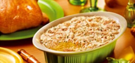 Receita de gratinado de batata com requeijão