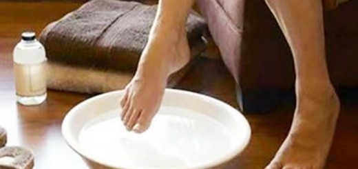 Como deixar os pés lisinhos e hidratados em 3 passos