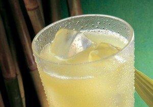 Receita de suco de abacaxi com limão
