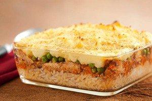 Escondidinho de mandioca com arroz e sardinha
