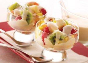 Receita de salada de frutas com molho especial