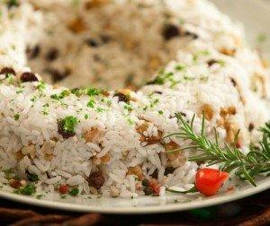 Receita de arroz com lentilha e frutas secas