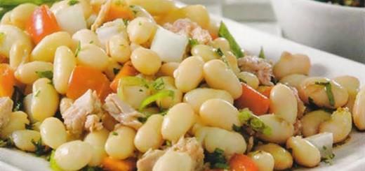 Receita de salada de feijão branco com atum