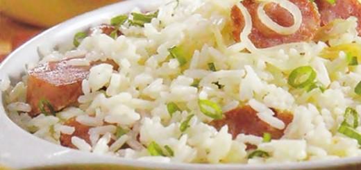 Receita de arroz cremoso com linguiça