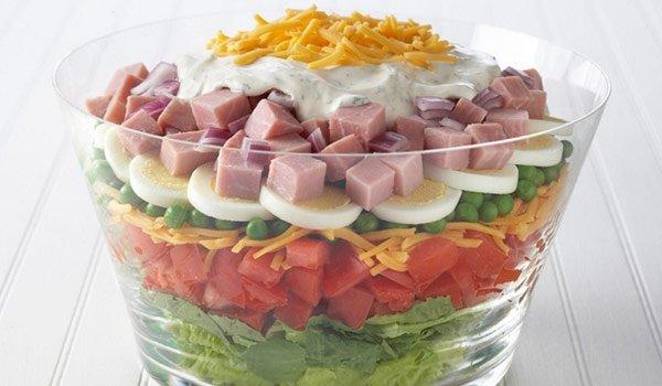 Receita de salada em camadas