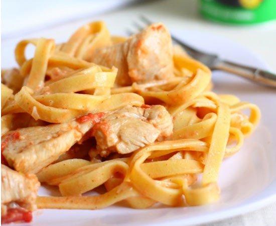 Receita de macarrão talharim com frango