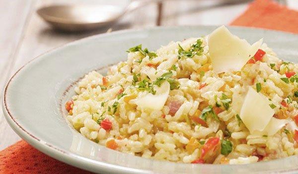 Receita de arroz com legumes e queijo