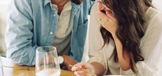 Casais que riem juntos são mais fortes e felizes