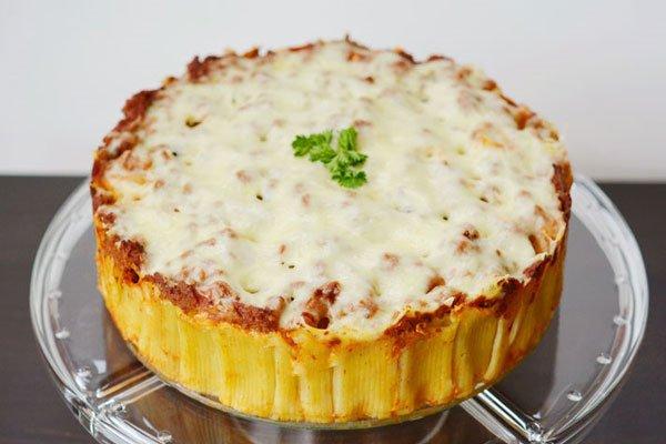 Receita de torta de macarrão rigatoni