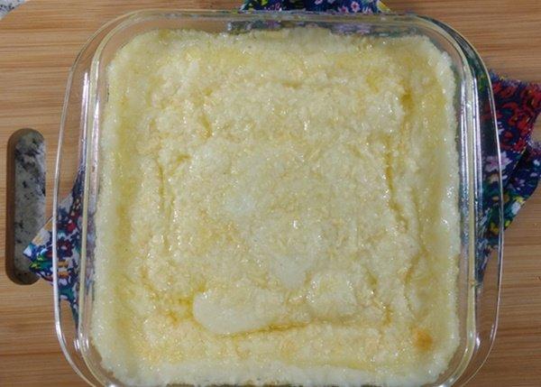 Receita de purê de macaxeira recheado com queijo
