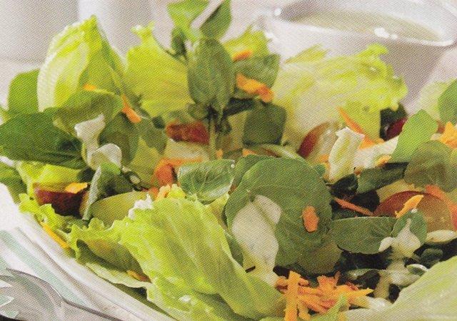 Salada com uvas