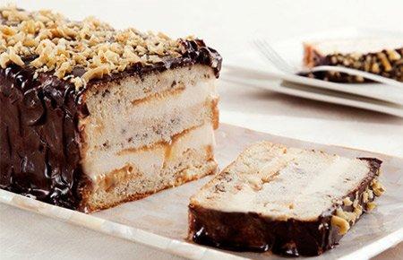 Receita de bolo gelado de nozes e doce de leite