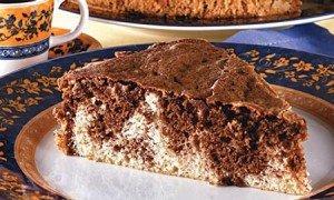 Receita de bolo mesclado com coco e ovomaltine