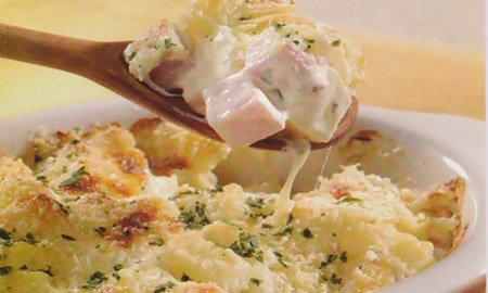 Receita de batata com presunto e queijo ao forno
