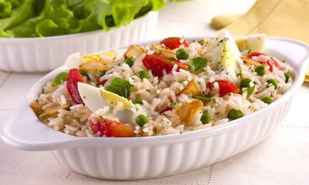 Receita de salada de arroz colorida