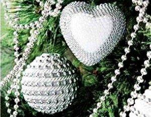 Como fazer enfeitea de Natal com bola de isopor