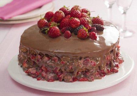 Receita de bolo delícia de frutas vermelhas