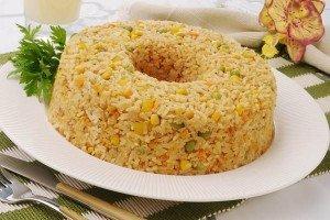 Receita de bolo de arroz com legumes