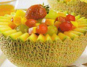 Receita de cesta de melão com frutas