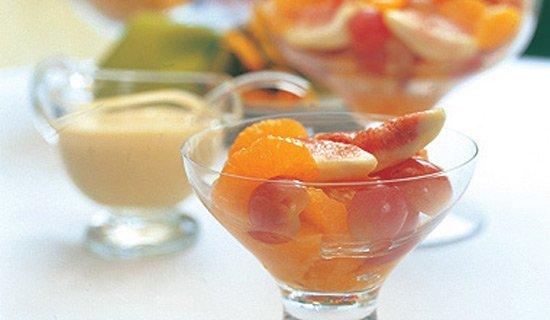 Receita de salada de frutas com baba de moça