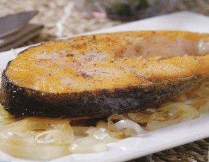 Receita de salmão com alho poró