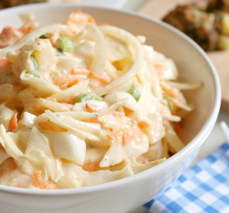 Receita de salada de repolho e abacaxi