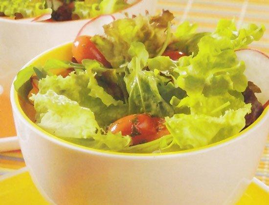 Receita de salada de folhas verdes
