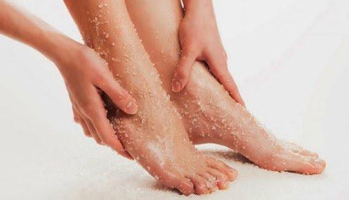 Como fazer um esfoliante caseiro para os pés