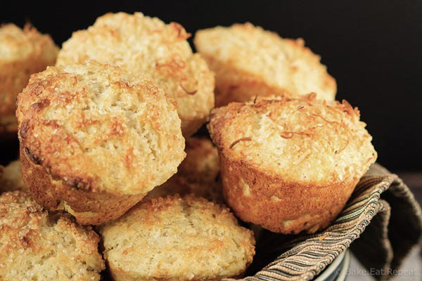 Muffins de coco e iogurte